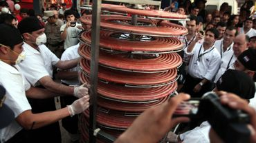 """Paraguay: présentation de """"la plus grande saucisse du monde"""""""