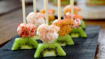Tapas au kiwi et crevettes épicées