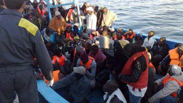 Des migrants libyens arrivés sur l'île italienne de Lampedusa