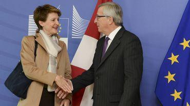 Simonetta Sommaruga, présidente de la Confédération suisse, et Jean-Claude Juncker, président de la Commission européenne