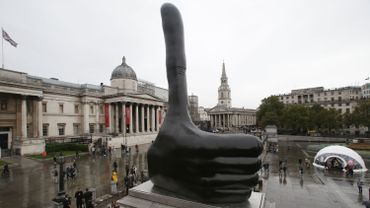 """Really Good"" de l'artiste britannique David Shrigley, après son dévoilement à Trafalgar Square (Londres) le 29 septembre 2016"