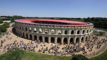 France : le parc d'attractions du Puy du Fou limite à 5.000 le nombre des spectateurs.