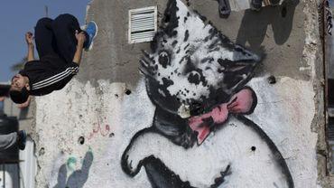 L'un des graffitis réalisés par Banksy à Gaza