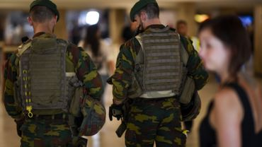 Tentative d'attentat terroriste: le tir des militaires paraît légitime