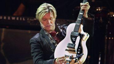 L'une des voix les plus novatrices du rock, David Bowie a au cours d'une carrière d'un demi-siècle exploré d'une manière originale de nombreux styles musicaux, de la soul au disco, en passant par le jazz et la musique pop.