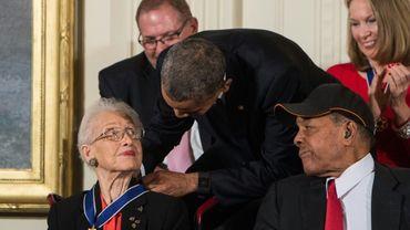 L'ancienne scientifique Katherine Johnson a reçu en 2015 des mains de Barack Obama la médaille de la Liberté, plus haute distinction civile américaine