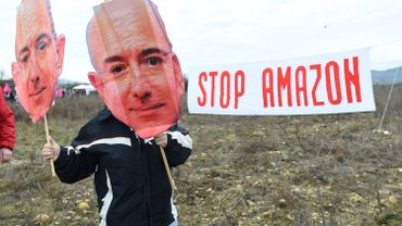 Plusieurs centaines d'opposants à Amazon se sont rassemblés dans plusieurs villes de France