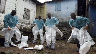 Ebola: MSF dénonce l'efficacité de la réponse internationale