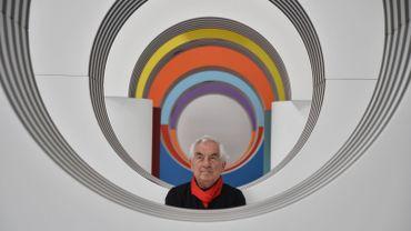 France : un tableau de Buren dégradé à coups de cutter au Centre Pompidou