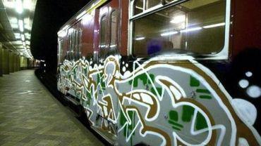 Les graffitis sur les trains ont coûté plus de 4 millions d'euros à la SNCB en 2018
