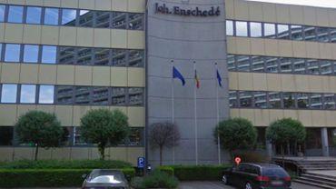 Enschedé-Van Muysewinkel est située à Evere.