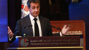 Nicolas Sarkozy livre un discours en faveur des leaders à la tête d'un pays