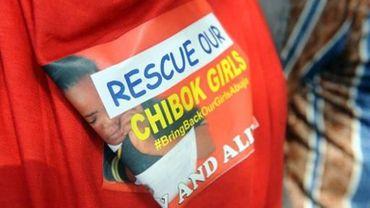 Un homme porte un t-shirt réclamant la libération des lycéennes enlevées par Boko Haram, le 9 mai 2014 à Abuja au Nigeria.