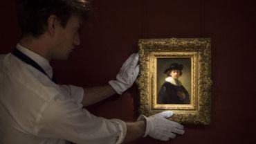Un rare autoportrait de Rembrandt vendu 16 millions d'euros chez Sotheby's