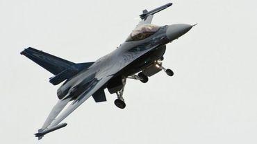 Remplacement des F-16: Eurofighter promet la création de 1.800 emplois