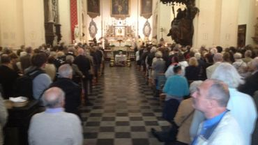 Il y avait foule dans la Chapelle des Minimes pour les funérailles du Curé des Marolles