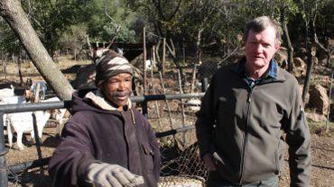 """""""Il doit y avoir une certaine redistribution des terres. Mais nous devons être compensés"""", estime Robert (à droite)."""