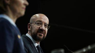 Le président du Conseil européen Charles Michel donne une conférence de presse lors d'un sommet de l'Union européenne au bâtiment Europa à Bruxelles le 13 décembre