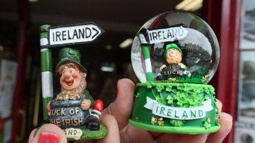 Brexit hausse des demandes de passeports irlandais - Port irlandais en 7 lettres ...