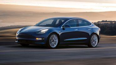 Empêtré dans ses problèmes de production, Tesla pense déjà au prochain modèle