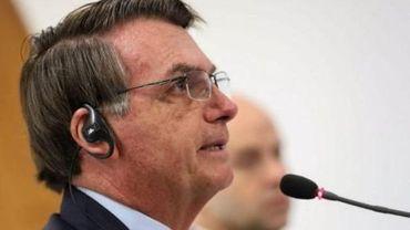Twitter supprime deux tweets de Bolsonaro remettant en cause le confinement