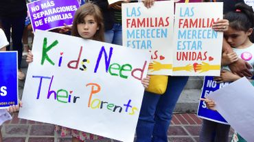 Aux Etats-Unis, le débat politique enfle autour des séparations d'enfants de migrants