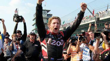 Ryan Briscoe en pole à Indianapolis