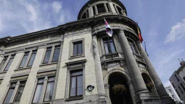 Elections 2012 - Les nouveaux conseil communal et collège de Molenbeek sont installés