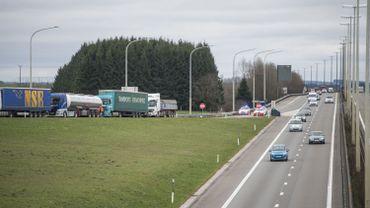 Loi qui sanctionne les « centristes » sur l'autoroute: « Il y a une lacune dans la législation »