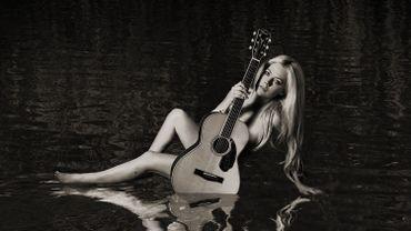 """Head Above Water"" d'Avril Lavigne."
