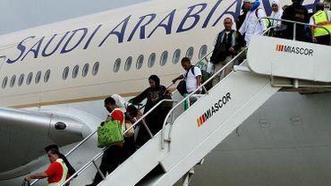 """Sur son compte officiel Twitter, la compagnie Saudi Airlines  a prévenu que """"les ordinateurs portables et les tablettes ne sont pas autorisés sur les vols vers les Etats-Unis"""""""