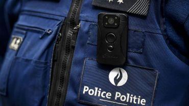 «Madame, Monsieur, vous êtes filmé!»: quelles règles encadrent les bodycams de la police?
