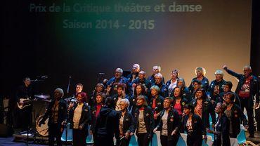 The Rocking Chairs rythmant les  Prix de la Critique Théâtre/Danse à Manège.Mons