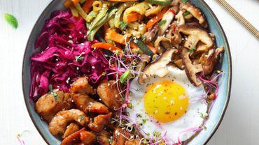 Bibimbap coréen au poulet