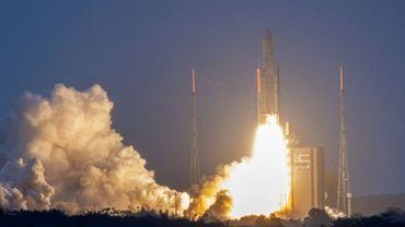 Une fusée Ariane V lors de son lancement à Kourou en Guyane, le 16 janvier 2020