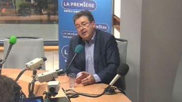 Rudi Vervoort: « réduire le nombre des élus communaux et régionaux de 30% ».