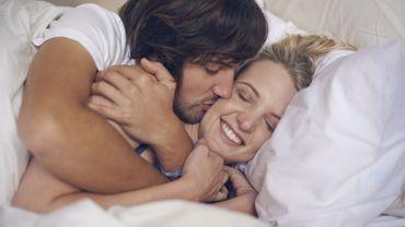 Routines à adopter avant le coucher pour préserver votre couple