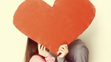 On repense avec nostalgie aux premiers cadeaux de Saint-Valentin qu'on a offert, mais aussi reçu!