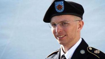 """Bradley Manning, suspecté d'être la """"taupe"""" de Wikileaks, propose de plaider coupable de certaines infractions légères"""
