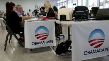 """L'""""Affordable Care Act"""" contient une myriade de volets qui, combinés, visaient à réduire le nombre de personnes non assurées et à maîtriser la croissance des dépenses de santé."""