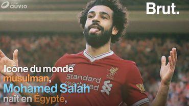 Mohammed Salah, la nouvelle sensation du football mondiale tournée vers les autres