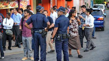 Emeutes à Singapour: répression des immigrés, suite à d'importantes émeutes