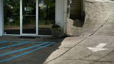 L'entrée du Centre pour les choix de grossesse, près du Jackson Women's Health Center, le 5 avril 2018 à Jackson, dans le Mississippi (illustration)