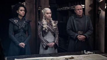 """Les fans de """"Game of Thrones"""" ont vécu passionnément jusqu'à la dernière seconde la série culte qui s'est achevée dimanche après avoir cumulé les records huit ans durant."""