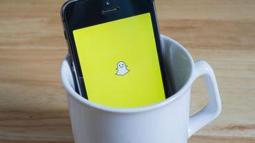 Les six jeux lancés jeudi par Snapchat permettent à plusieurs personnes, amies sur la messagerie, de jouer en temps réel tout en échangeant des messages écrits ou vocaux.