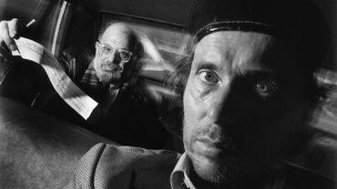 Auto-portrait de Ryan Weideman avec le poète Allen Ginsberg, 1990.