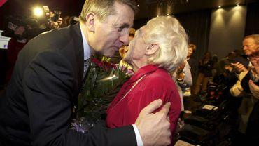 Mme Antenne, 96 ans, saluée par Olivier Maingain