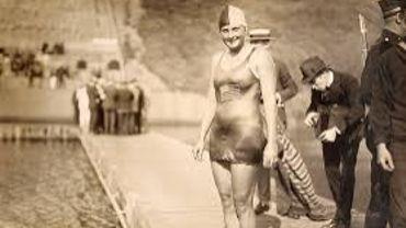 La nageuse américaine Ethelda Bleibtrey, triple championne olympique à Anvers