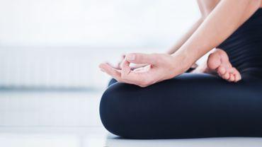 Yoga : une nouvelle étude confirme les effets bénéfiques..