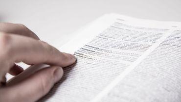 """""""Déconfinement"""" : le mot fera son entrée dans le Petit Robert (numérique) en 2021"""